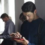 iPhone 6 Plusは歩きスマホを減少させることができるか?