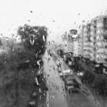 そういえばあの日もこんな雨が降っていた