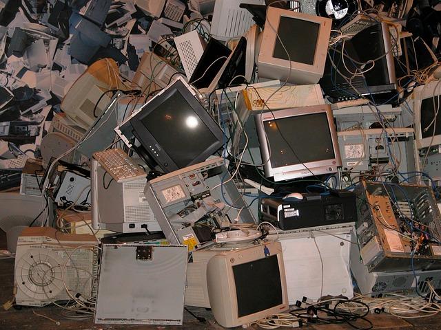 古いコンピュータ