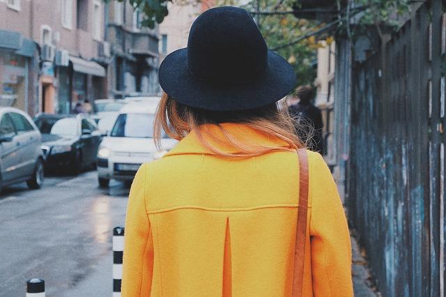 コート女性